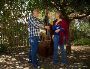 Joe and Rosa Perez North of the Border Radio: Rumbo al' Anacua - YouTube Pauraque Olmito - YouTube